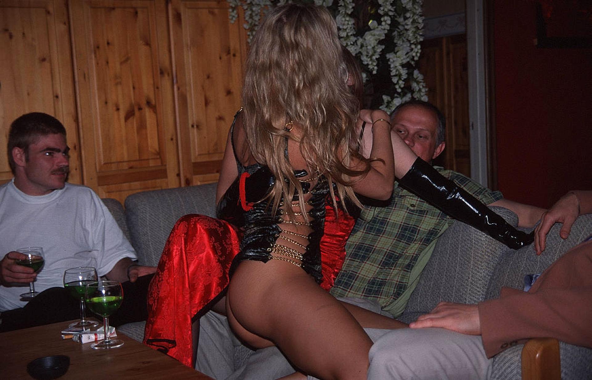 Свинг клуб красавица и чудовище, Красавица и Чудовище пара, Ростов-на-Дону 5 фотография