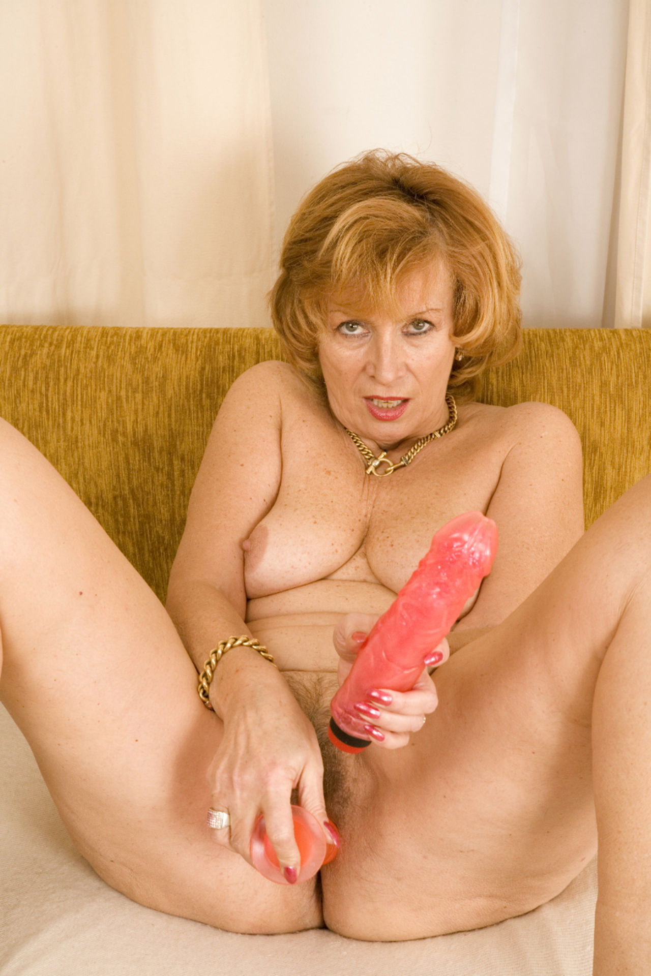Horny Granny Masturbating Free Sex Pics