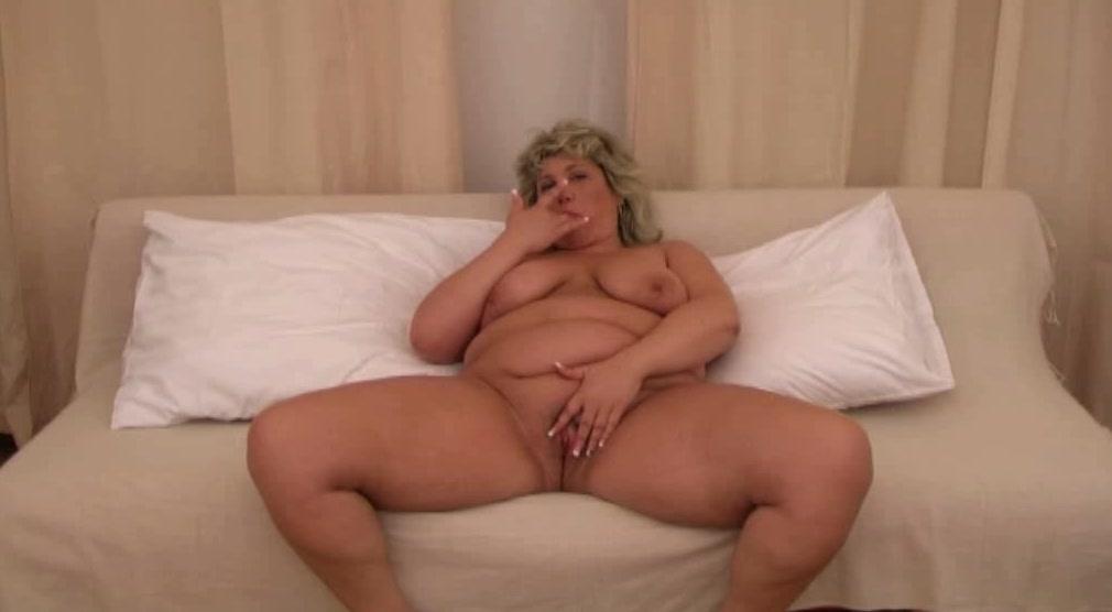 Hot girls naked brown